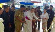 Permalink ke Dampingi Gubernur Resmikan Gereja Katolik Tateli, Bupati Minahasa Serahkan IMB Pondok Emaus