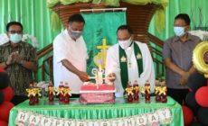 Permalink ke Ajak Berdoa, Olly Salurkan Bantuan Dana di Seluruh Wilayah Bitung Sepuluh