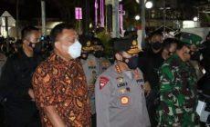 Permalink ke Gubernur Sulut dan Kapolri Tinjau Pengamanan Gereja di Manado