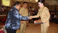 Permalink ke Bupati Minsel Terima DIPA TA 2017 Dari Gubernur Sulut