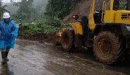 Permalink ke Dinas PUPR Manado Buka Akses Jalan di Daerah Bencana