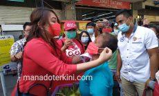 Permalink ke dr Devi Tanos Intens Bagi-Bagi Masker, Ini Pesannya ke Masyarakat