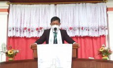Permalink ke Khadim di GMIM Efata Lumpias, Pnt GSVL : Dia Hidup, Maka Kita Tidak Usah Cemas dan Khawatir