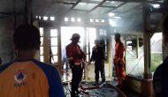 Permalink ke Diduga Arus Pendek, Rumah Milik Pongoh-Mandagi Hangus Terbakar