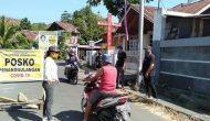Permalink ke Cegah Covid-19, Lurah Batasi Pintu Masuk di Kelurahan Uwuran Dua