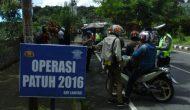 Permalink ke Hari Keempat Operasi Patuh 2016, Polres Tomohon Jaring 28 Pelanggar Lalulintas
