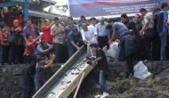 Permalink ke Dihadiri JWS IvanSa, Gubernur OD Tebar Ribuan Benih Ikan di Danau Tondano