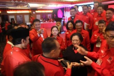 Permalink ke Megawati Soekarno Putri Masih Jadi Icon PDIP