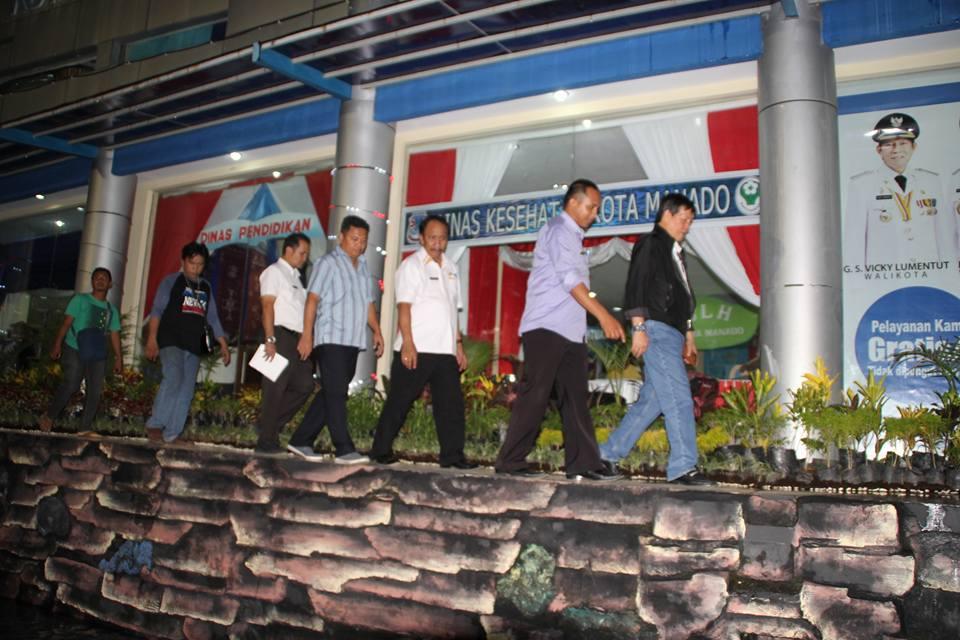 Sukseskan HUT Provinsi Sulut ke-52, GSVL Tinjau Langsung Kesiapan Stand Pemkot Manado