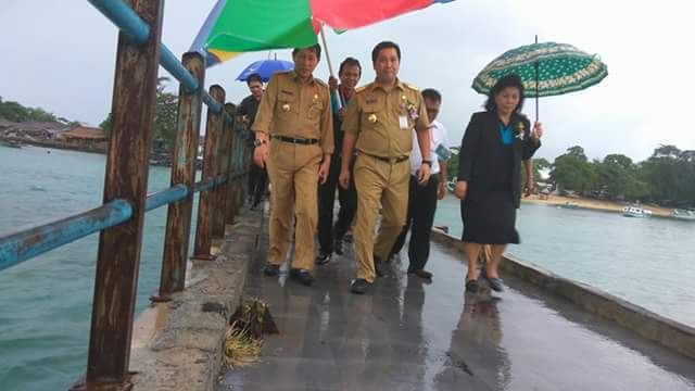 Hadiri SMST GMIM ke-29 di Pulau Bunaken, Walikota GSVL Seberangi Lautan Ditengah Cuaca Hujan