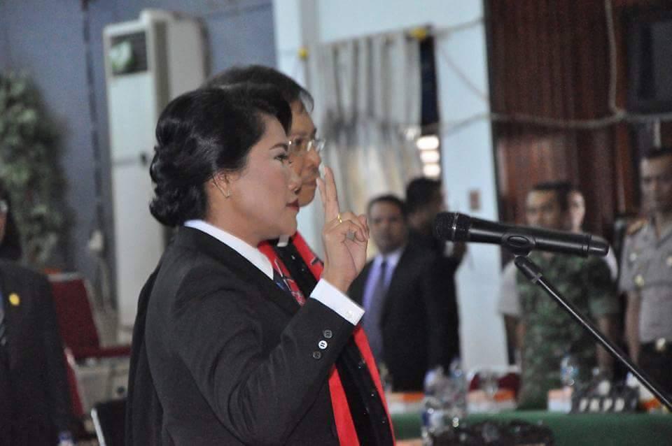 Permalink ke Yulita Takalamingan Resmi Jabat Wakil Ketua DPRD Bitung