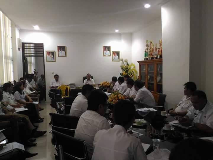 Permalink ke Pemkab Minsel Gelar Rapat Persiapan Pembentukan Panitia HUT ke-14