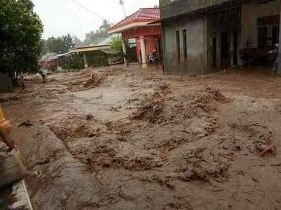 Permalink ke Banjir dan Longsor Landa Sejumlah Wilayah di Bitung