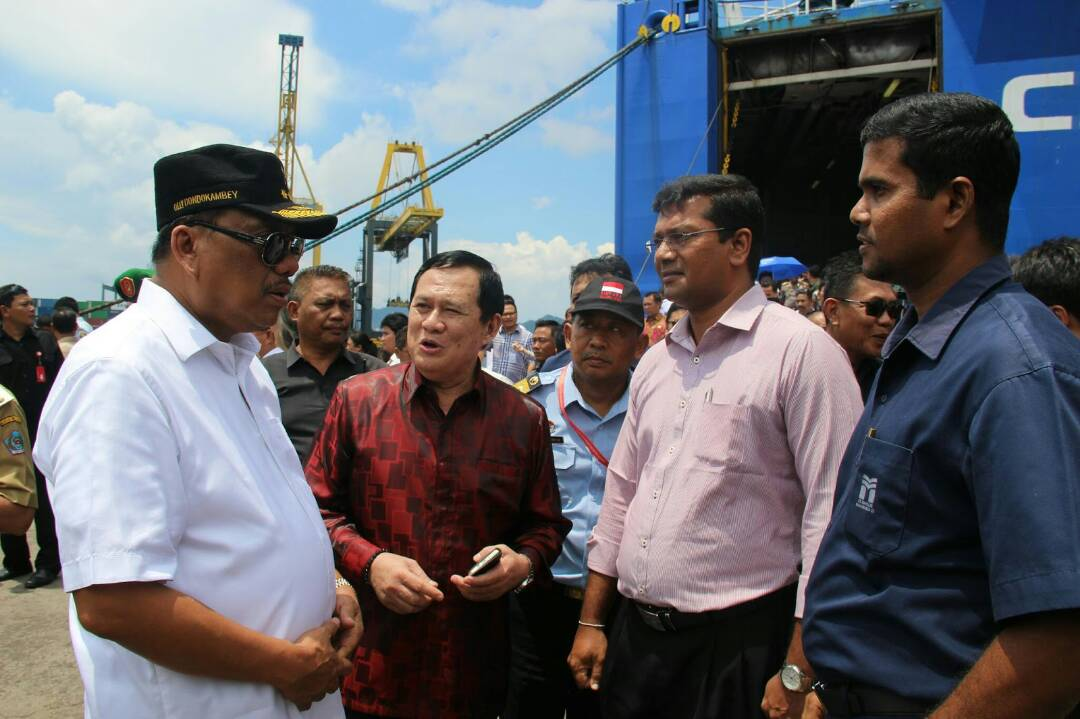Permalink ke Kapal RoRo Berlabu di Bitung, Olly Optimis Ekspor Sulut ke Filipina Meningkat
