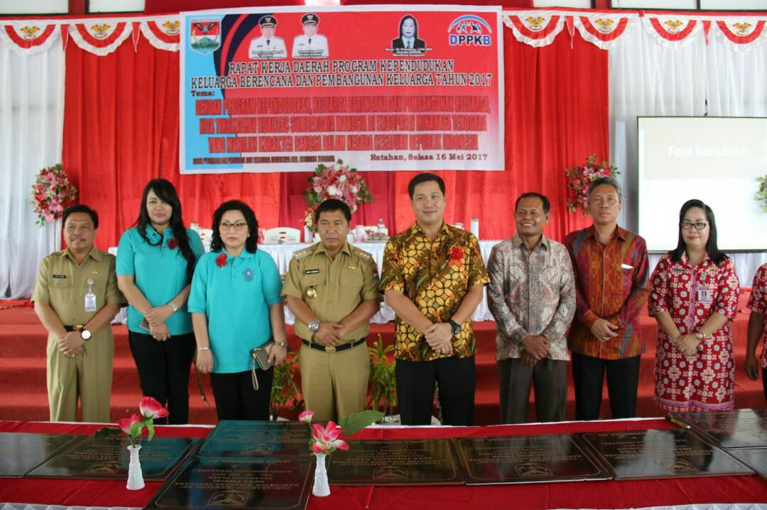 Permalink ke Buka Rakerda KB, Kandouw Akui Kemajuan Kabupaten Mitra