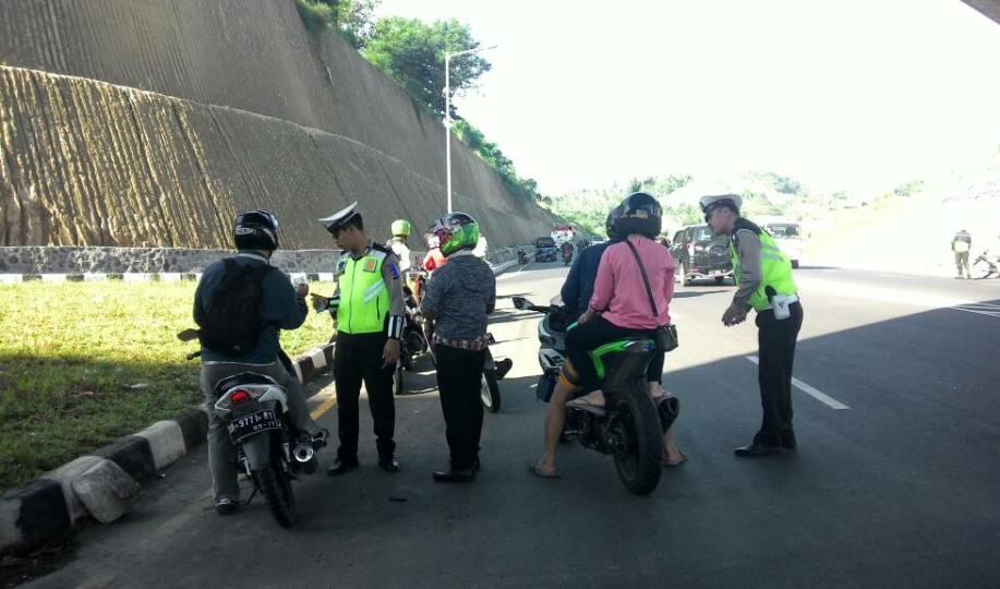 Permalink ke Operasi Patuh Samrat Polres Minut Jaring 439 Pelanggar