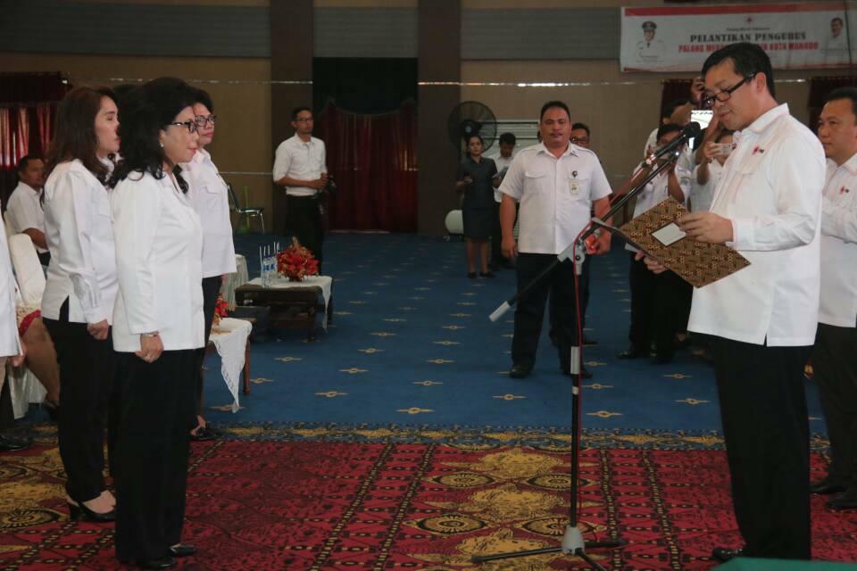 Permalink ke Lantik Enci Paula, Kandouw : Jadi Pengurus PMI, Pengabdian Untuk Kemanusiaan