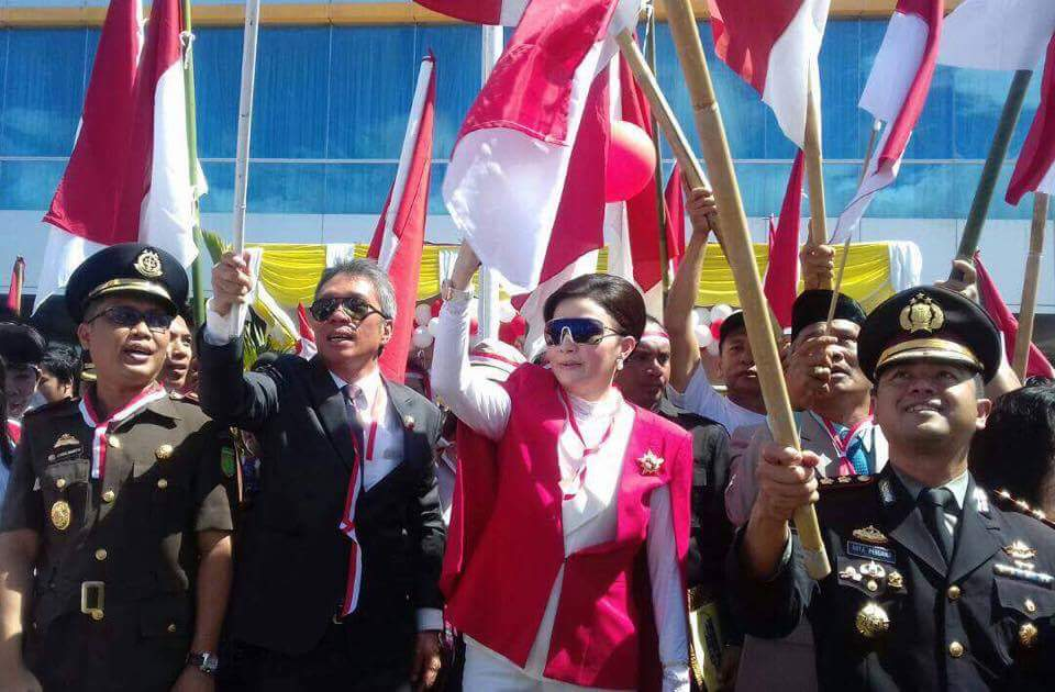 Permalink ke Jadi Irup Hari Lahir Pancasila Tahun 2017, Bupati Tetty Merah Putihkan Minsel