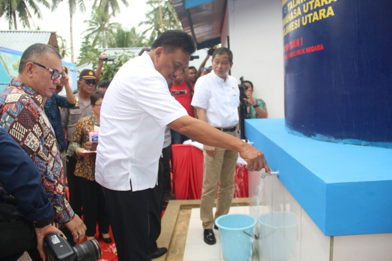 Permalink ke Resmikan Sumur Bor, Tahun 2018 Kementerian ESDM Janji Alokasikan 8 Titik di Sulut