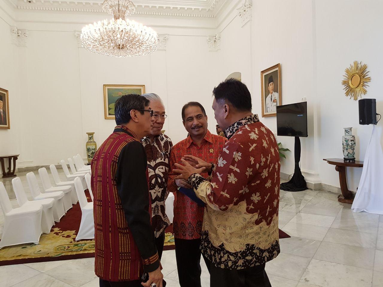 Permalink ke Diserahkan Presiden, Gubernur Olly Terima DIPA Sulut 2018 Sebesar Rp 14 Triliun