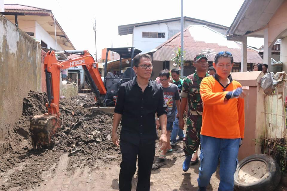 Permalink ke GSVL Tergetkan 31 Desember Lokasi Banjir Manado Bersih
