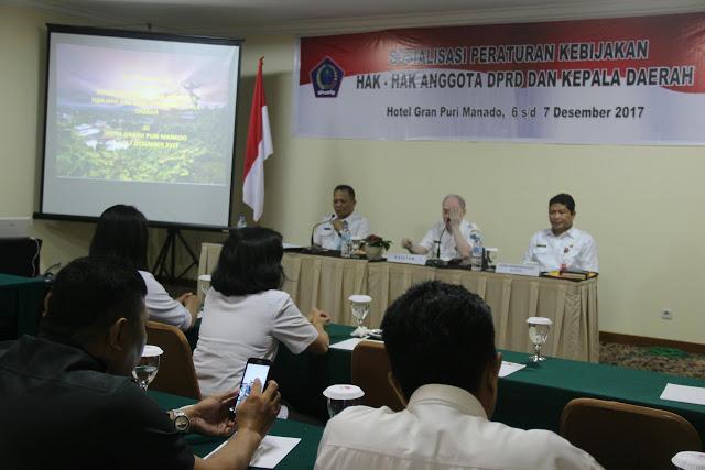 Permalink ke Pemprov Sulut Gelar Sosialisasi Peraturan Kebijakan Hak-Hak Anggota DPRD dan Kepala Daerah