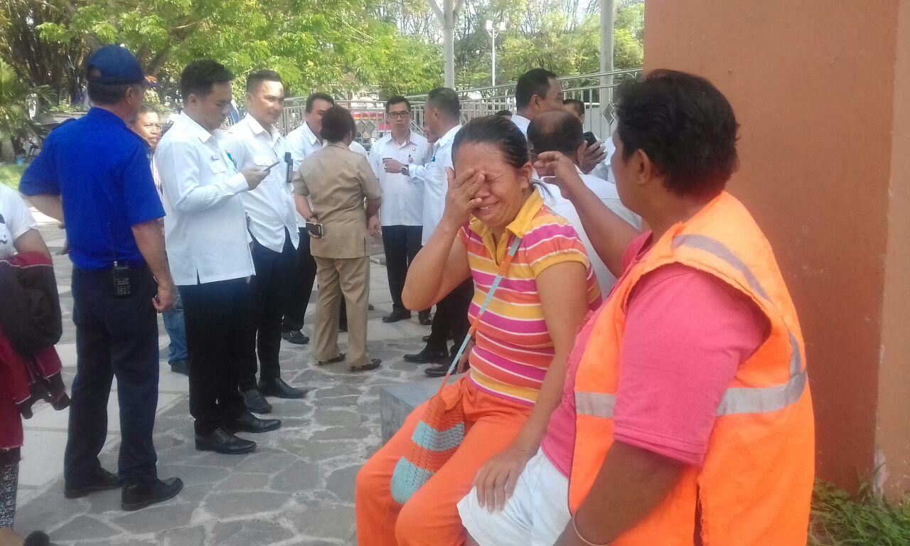 Permalink ke Gaji tak Dibayar, Petugas Kebersihan Kecamatan Singkil Mengadu ke Walikota