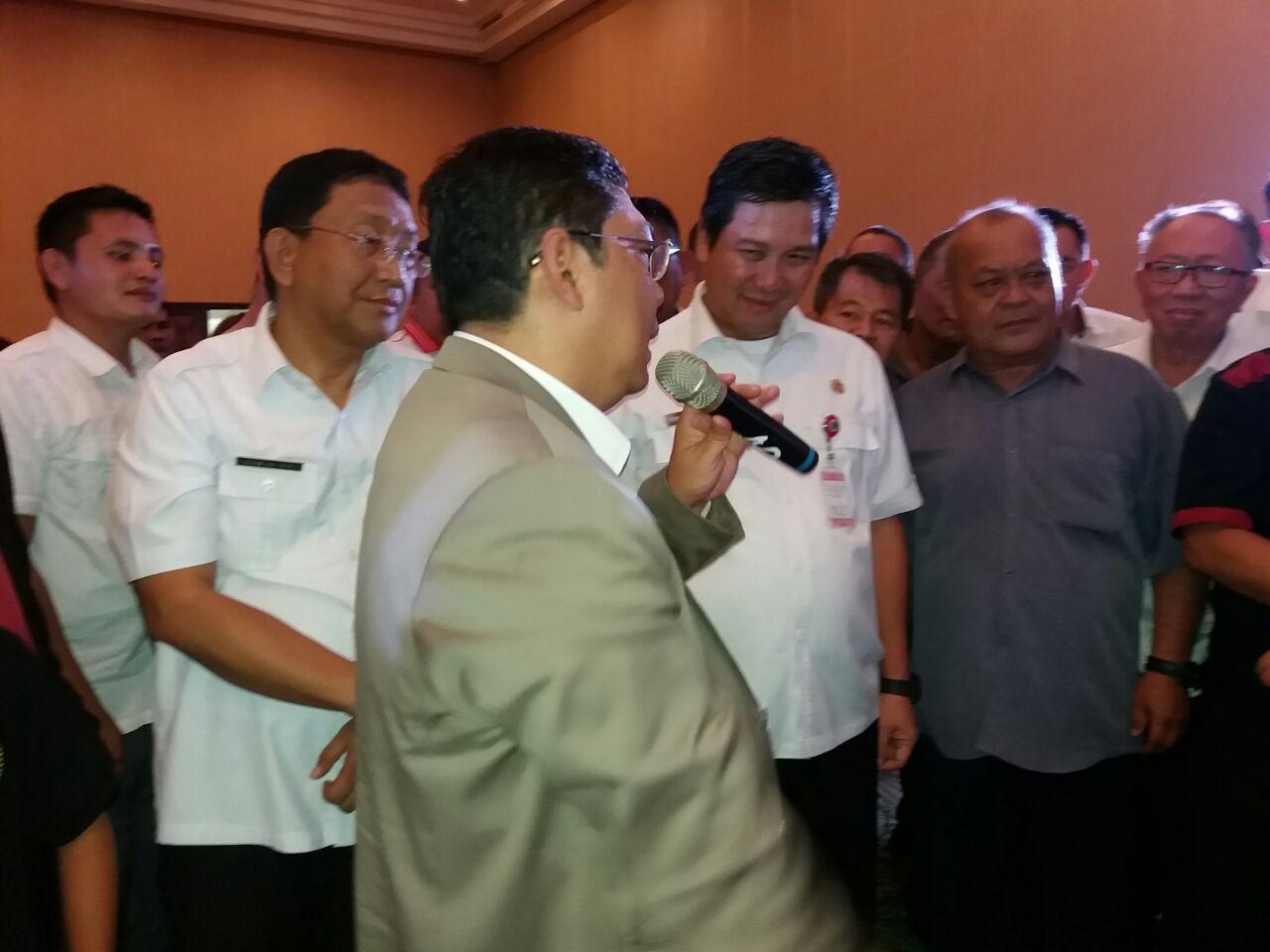 Permalink ke Bertandang ke Manado, Pecatur GM Utut Adianto Dikalahkan Bocah 12 Tahun