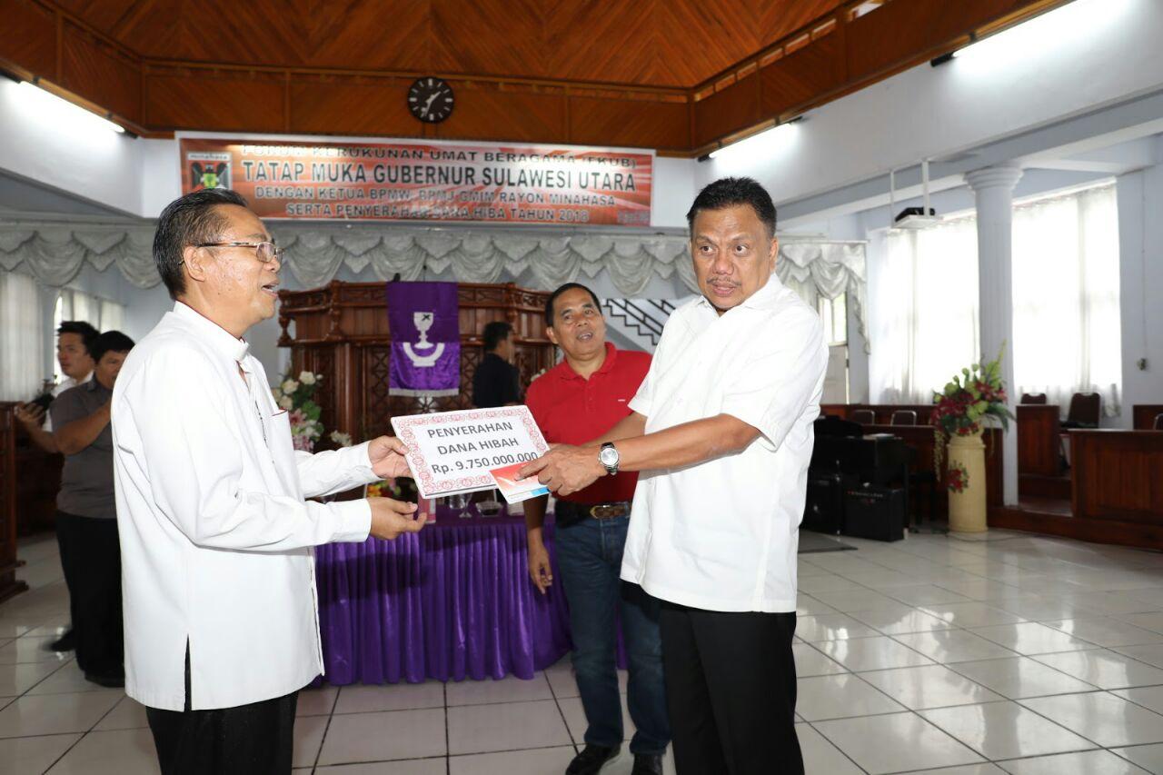 Permalink ke Gubernur Sulut Sumbang 9,7 M Untuk Gereja di Minahasa