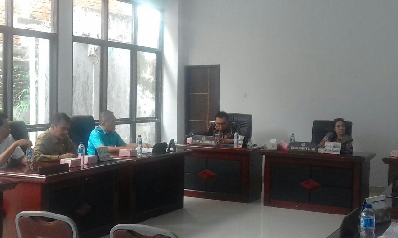 Permalink ke Komici C DPRD Kota Manado Pertanyakan Kesiapan Pemkot Bangun Terminal Kalimas