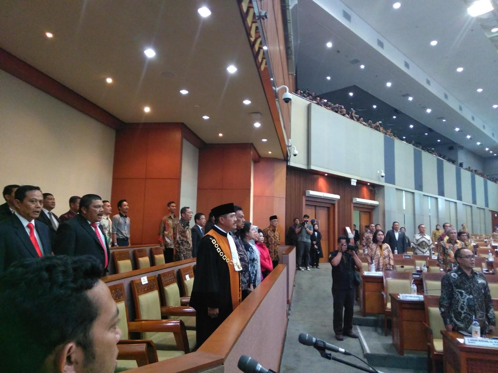 Permalink ke Bersama Menteri Puan Maharani, Gubernur OD Hadiri Pelantikan Wakil Ketua DPR-RI