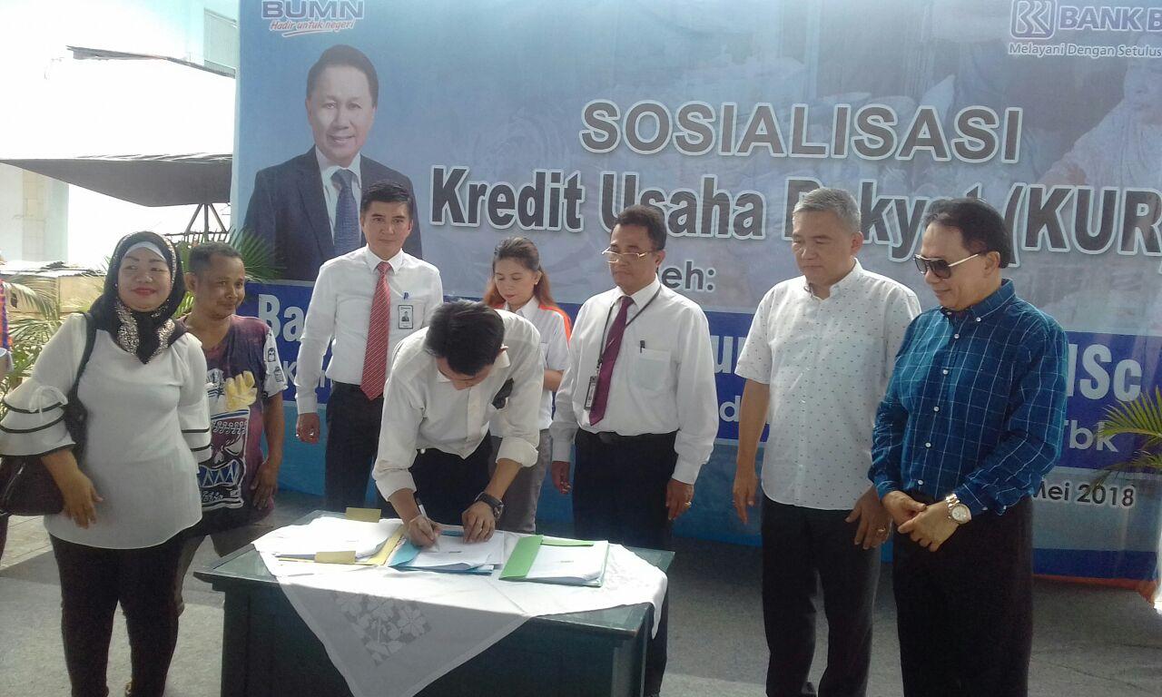 Permalink ke Tingkatkan Perekonomian Pedagang, PD Pasar Manado Gandeng BRI