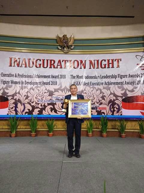Permalink ke Dirut Pasar Manado Raih Penghargaan Figur Kepemimpinan Paling Indonesia 2018