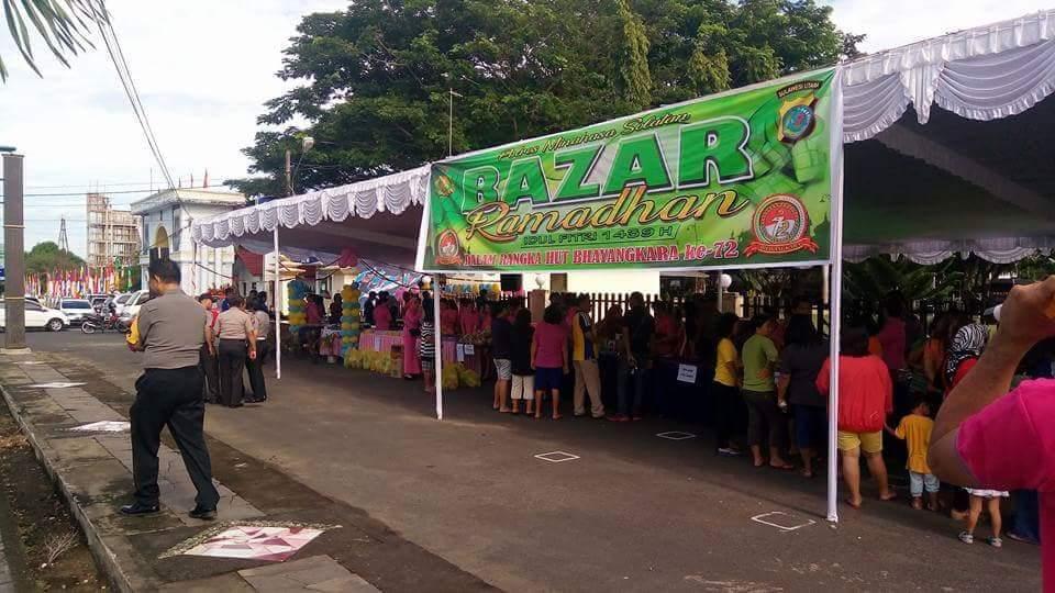 Permalink ke Peringati HUT Bhayangkara ke-72, Polres Minsel Gelar Pasar Murah