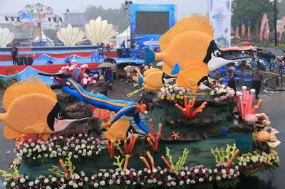 Permalink ke Parade Kendaraan Hias Manado Fiesta 2018 Bakal Tampil Beda