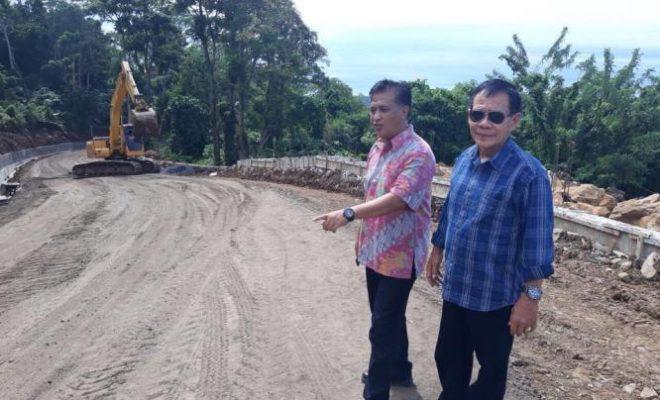 "Dinas PUPR Manado ""Pacu"" Perbaikan Jalan Rusak"