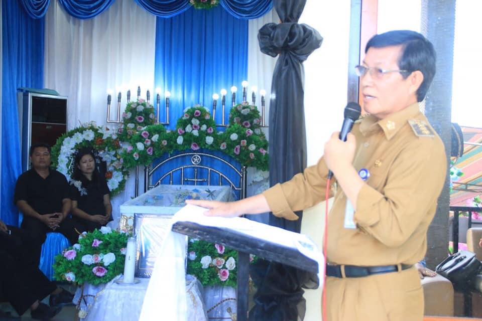 Permalink ke Hadiri Pemakaman Ortu Kepala BPKAD  Manado, GSVL : Kematian Adalah Hak Otoritas Allah