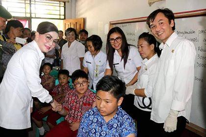 Permalink ke Bupati Minsel Canangkan Program Imunisasi MR di SD Katolik Aguino Amurang
