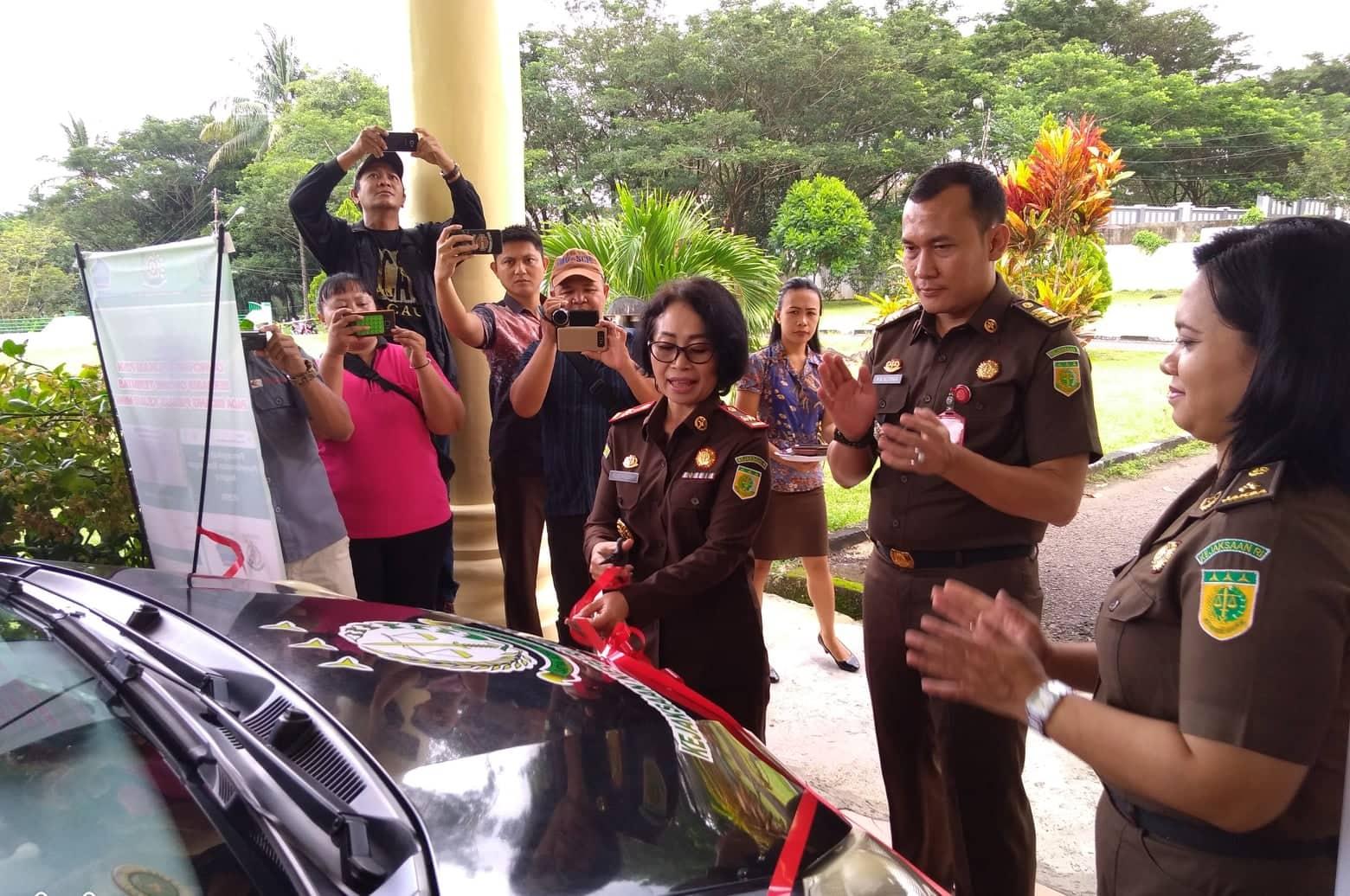 Kejari Minut Resmi Launching Mobil Pelayanan Hukum