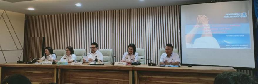 Wawali Mor Bastiaan Pimpin Rakor TKPKD Kota Manado