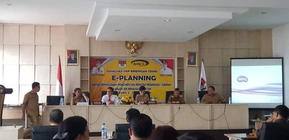 Permalink ke Bupati Tetty Buka Sosialisasi dan Bimtek E-Planing Kabupaten Minsel