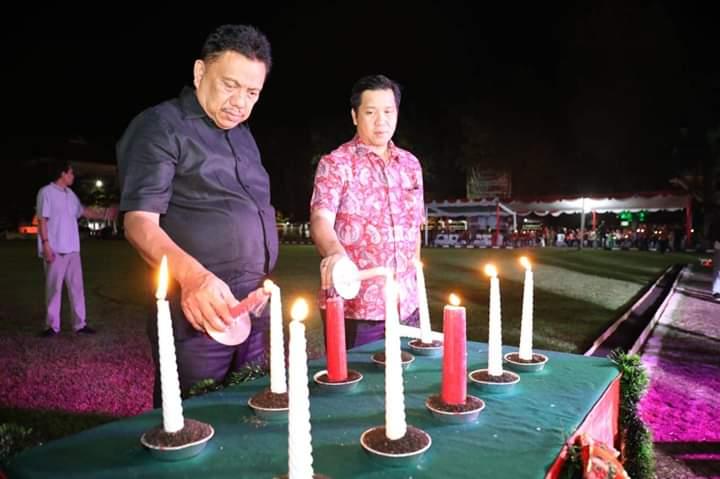 Permalink ke Pisah Sambut Tahun Baru, Pemprov Sulut Nyalakan Seribu Lilin