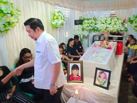 Permalink ke Wakil Walikota Manado Mor Bastiaan Melayat Ke Rumah Duka Cilla Korban DBD