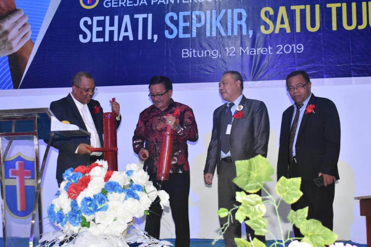 Permalink ke Buka Mubes IX Gereja Pantekosta Karismatika di Indonesia, Ini yang Disampaikan Mantiri