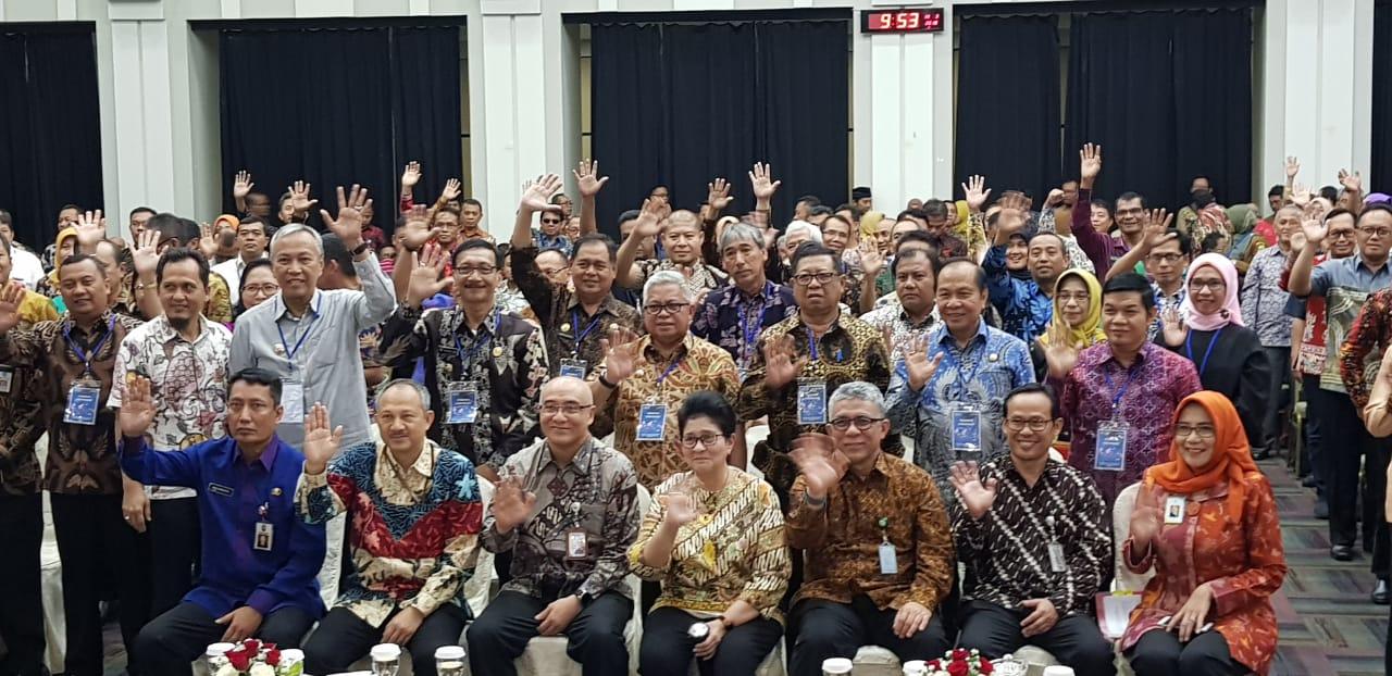 Permalink ke Lomban Hadiri Penyerahan Penetapan Formasi CPNS PTT Kemenkes