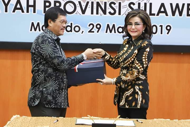 Permalink ke Optimis Dapat WTP, Bupati Minsel Sampaikan Laporan Keuangan TA 2018 ke BPK Perwakilan Sulut
