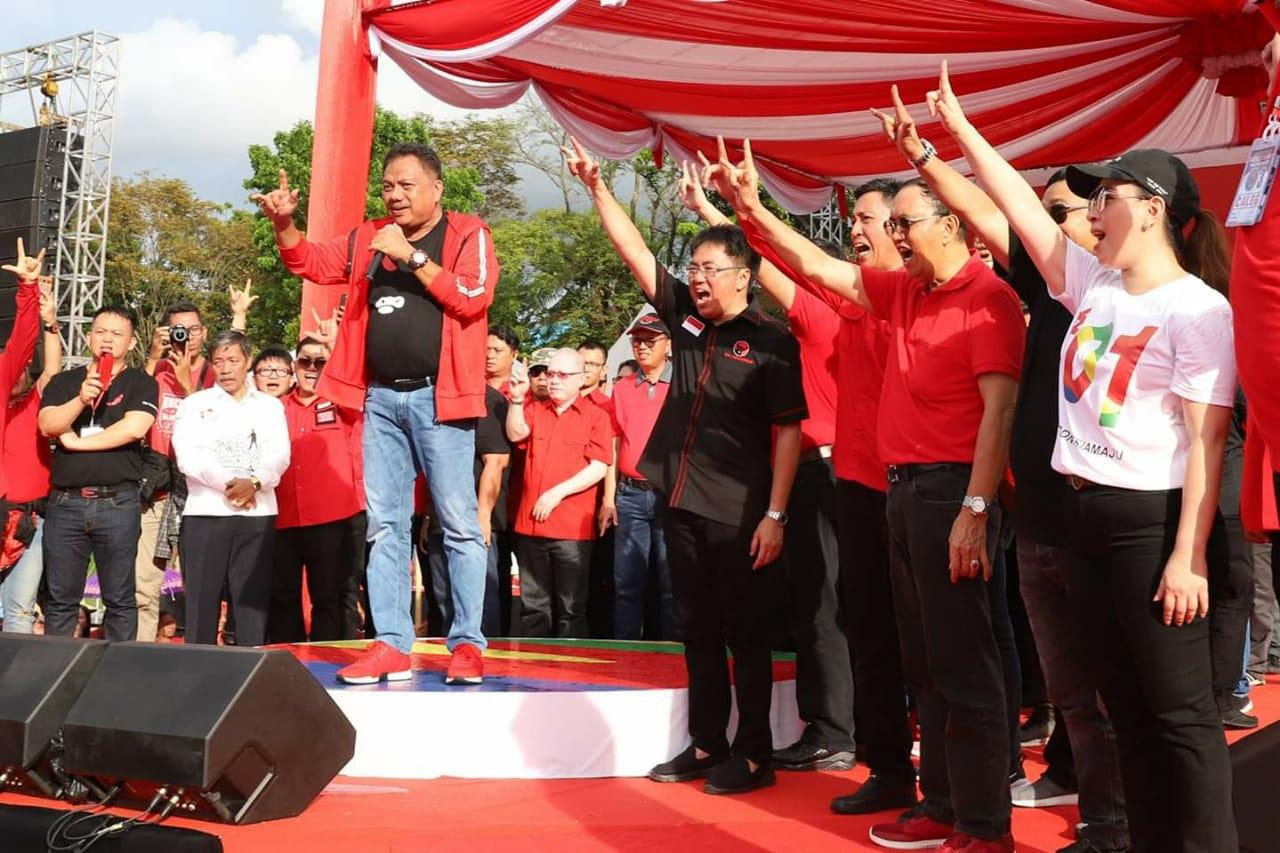 Diperintahkan Olly, Dua Kader PDIP Ini Bakal Bertarung di Pilkada Manado