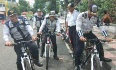 Permalink ke Sasar Kendaraan Parkir Liar di Jalan Protokol, Dishub Manado Siapkan Patroli Bersepeda
