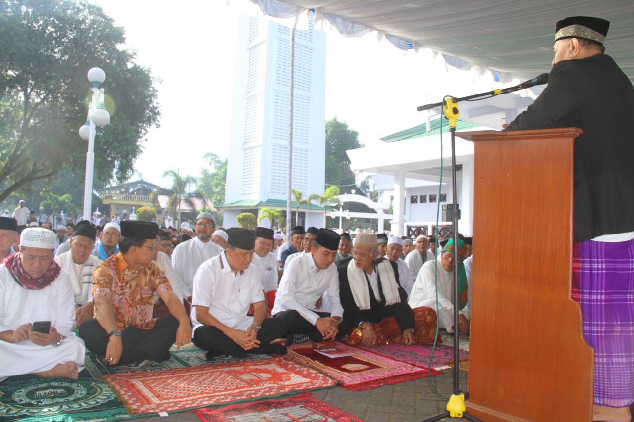 Permalink ke Bupati Minahasa Shalat Ied di Masjid Agung Al-Falah Kyai Modjo Kampung Jawa