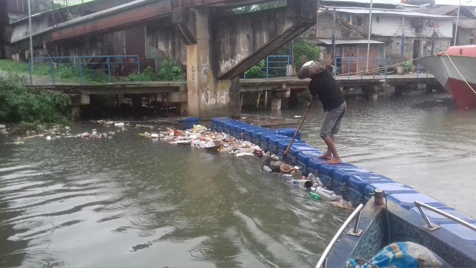 Permalink ke Personil DLH Manado Komitmen Bersihkan Sampah